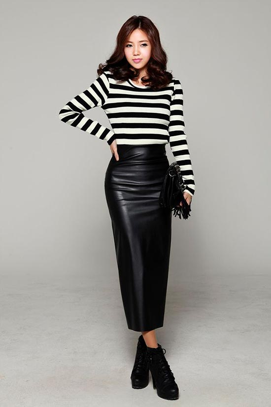 длинная черная кожаная юбка