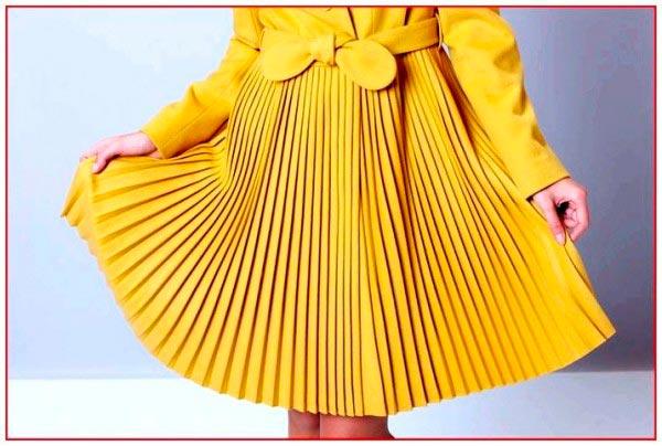 желтая юбка плиссе фото