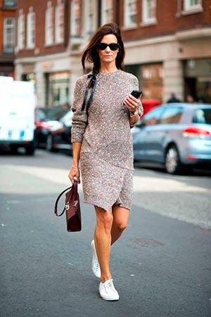 вязаное платье миди с чем носить
