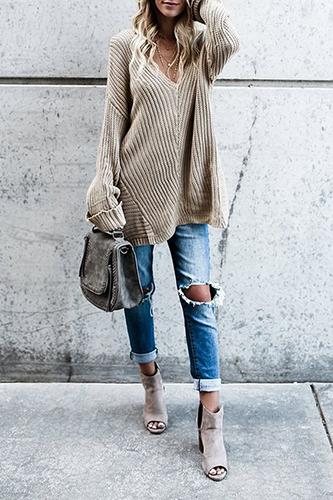 Свитер oversize под рваные джинсы фото
