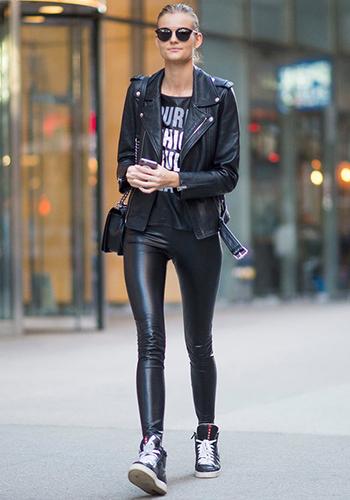 Кожаные брюки с кожаной курткой фото