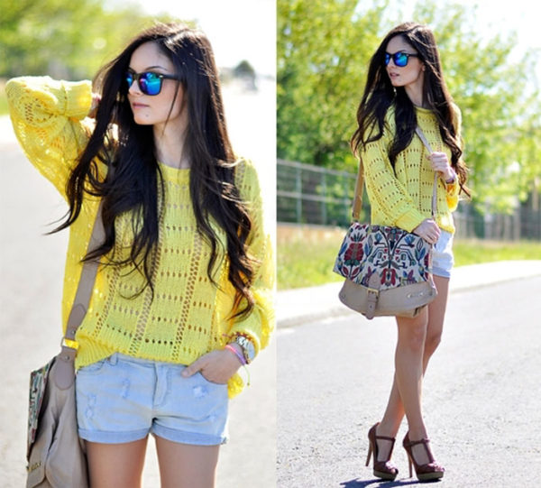 Жёлтый свитер оверсайз фото