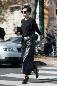 Чёрные кожаные брюки кюлоты фото
