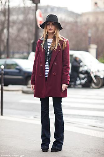 Бордовое пальто оверсайз фото