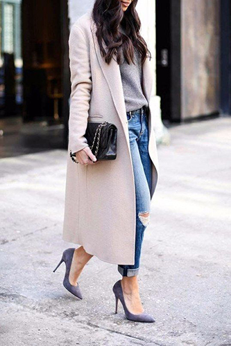 Пальто оверсайз под туфли на каблуках фото