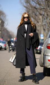 Как носить пальто оверсайз осенью фото