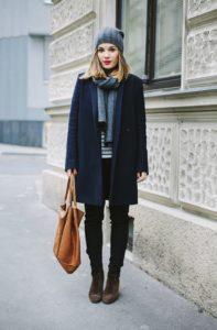 Укороченные брюки под ботинки фото