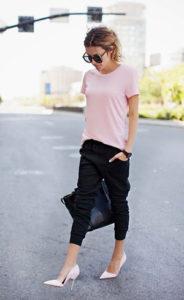 Короткие черные спортивные брюки - фото
