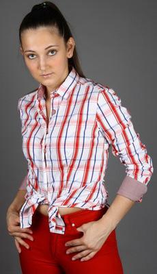 Клетчатая рубашка для женщин фото