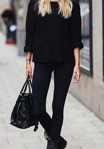 Skinny чёрного цвета с чёрной кофтой фото
