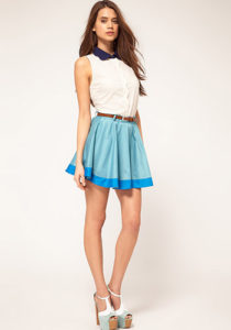 Голубая короткая юбка солнце фото