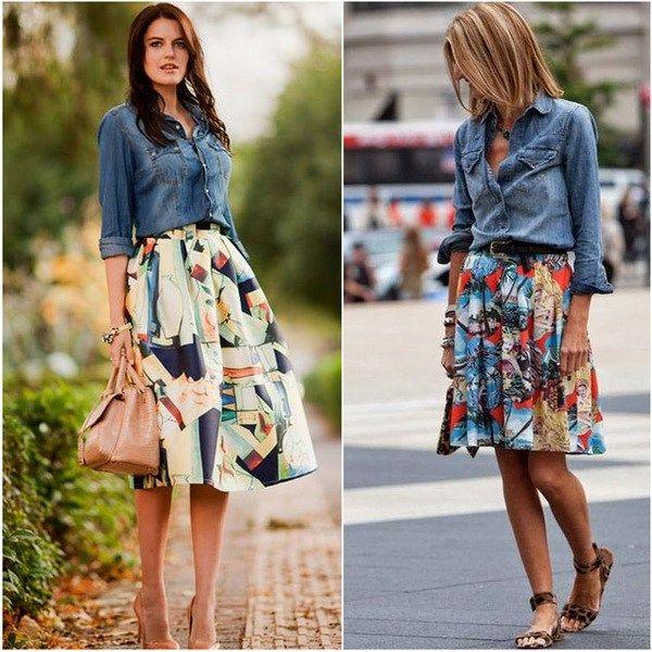 Джинсовая рубашка под цветастую юбку фото