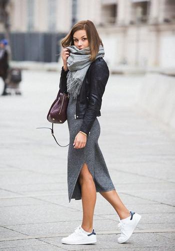 Как носить платье-лапшу серого цвета фото