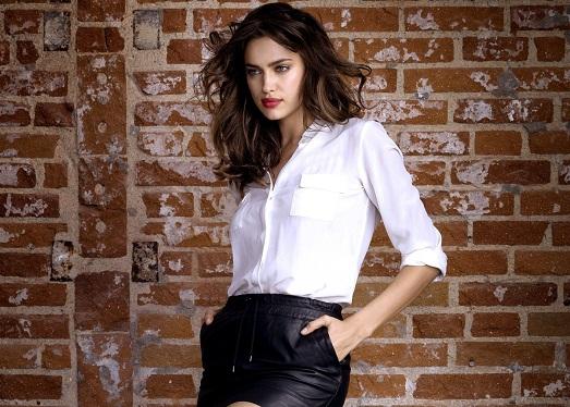Белая рубашка под чёрную юбку фото