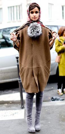 Пальто-кокон осенью фото