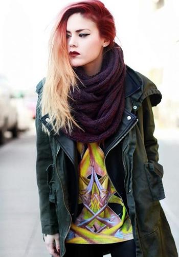 Кожаное пальто с палантином фото