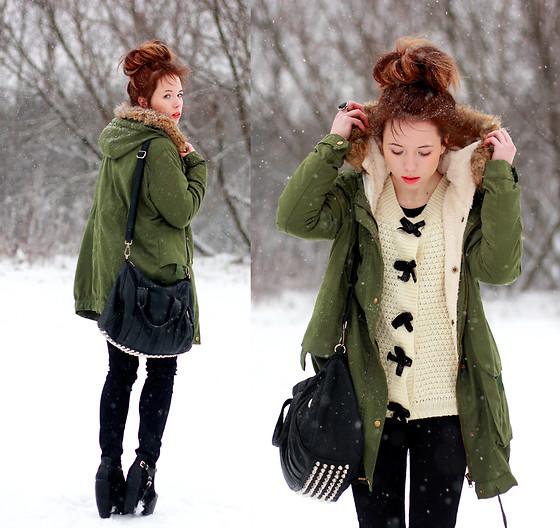 Зелёная парка зимой фото