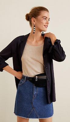 Стильная короткая джинсовая юбка фото