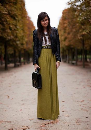Зелёная юбка в пол фото