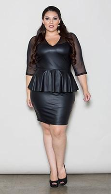 Кожаное платье до колена фото