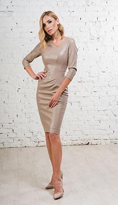 Модельное платье из кожи фото