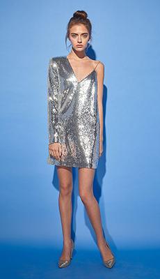 Трендовое платье с пайетками фото