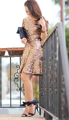 Золотое платье с пайетками фото