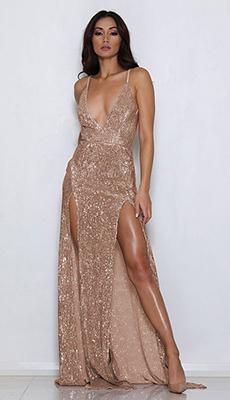 Платье с пайетками с разрезами фото