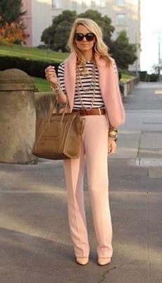 Тельняжка под розовые брюки фото