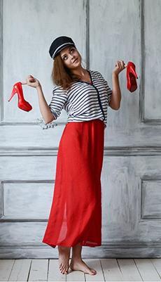 Тельняжка под красную юбку фото