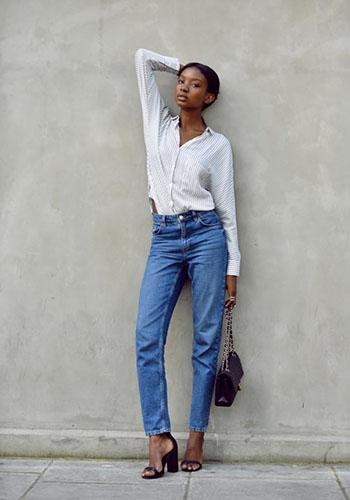 Синие джинсы с высокой талией фото