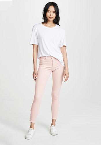 Нежные джинсы с высокой талией фото