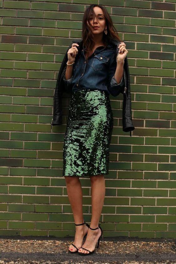 юбка с пайетками миди